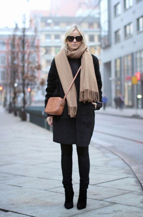 pitnerst-black-coat