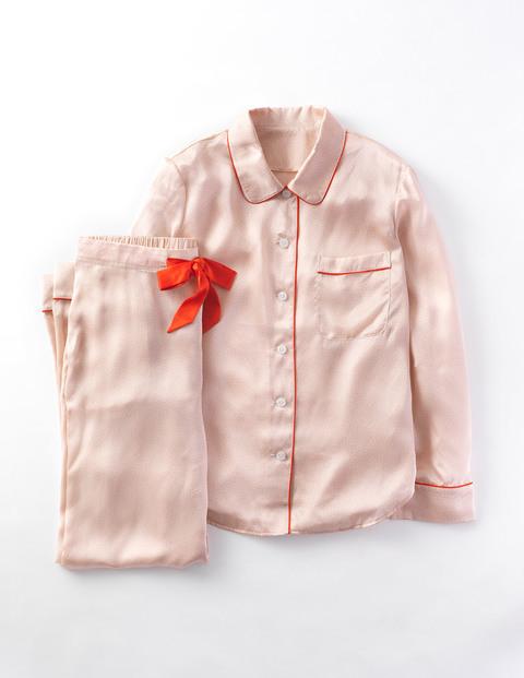 silk-pyjamas