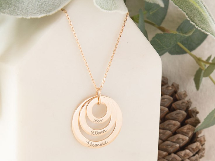 trio-necklace
