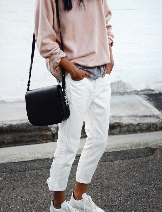 sweatshirt-and-jeans